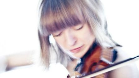 Fenella Humphreys is guest soloist with Hitchin Symphony Orchestra for their May concert at St Mary'
