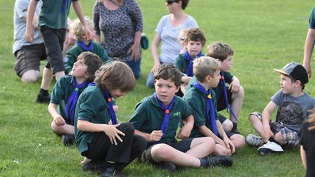 Hitchin cubs are set to raise money for charity on Wednesday evening on Windmill Hill.