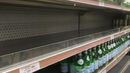 A former Sainsbury's chief has warned of 'significant gaps' on supermarket shelves within a week of