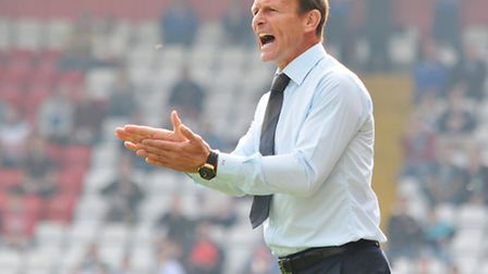 Teddy Sheringham on the sidelines. Photo: Danny Loo