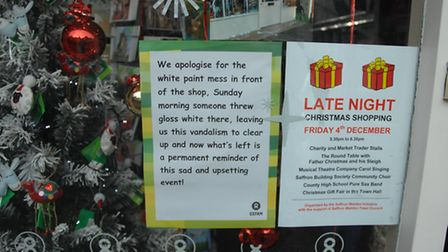 The letter in the window of Oxfam in King Street, explaining the incident