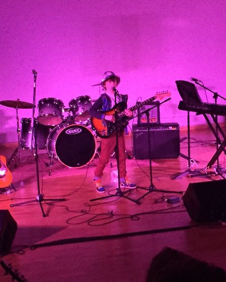 Rowan performing Nobody to Know at the Songwriter Showcase at the Nobel School in Stevenage in Decem
