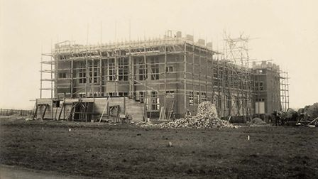 Building the Spirella Factory back in 1913. Credit: Garden City Collection