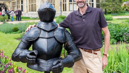 Stephen Lang with his suit of armour