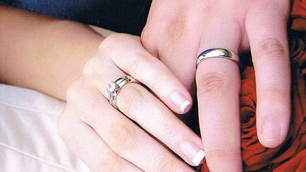 Alistair McDonald has lost his wedding ring, right, on the 12th anniversary of his marriage to Lisa.