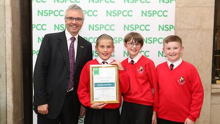 Robert Bloomfield Year 6 students with NSPCC chief executive Peter Wanless.