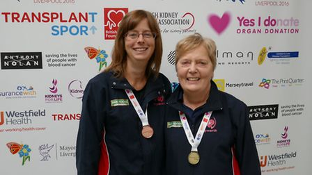 Helen Giffin (left) and the Papworth team captain, Maggie Gambrill (right).