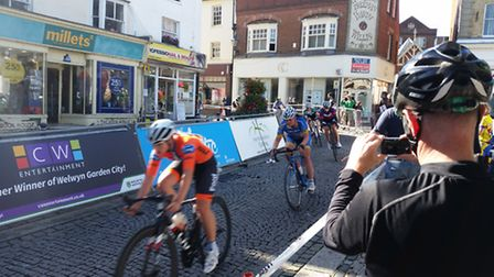 A man in his 50s broke his thighbone during Hitchin's Cobbled Classic.