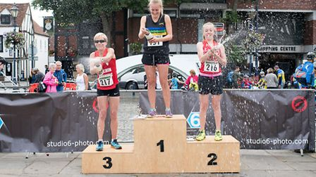 Katie Harbon retained her title. Frances Laing was second while her mum, and fellow Hitchin Running