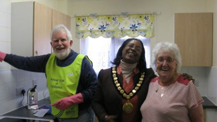 Sherma Batson helping tackle tasks during a Rotary Club lend-a-hand day in 2015 when she was mayor.