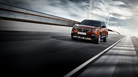 The new Peugeot 3008 SUV Dynamic
