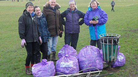 Volunteers with the Big Hitchin Spring Clean