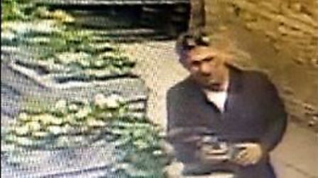 Do you recognise this man? Police want to speak to him in connection with a purse theft in Biggleswa