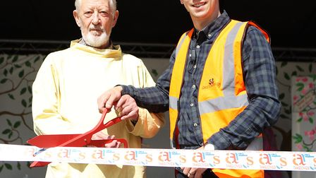 Letchworth Arts Takeover: sculptor John W Mills and town centre manager Tom Hardy cut the ribbon to