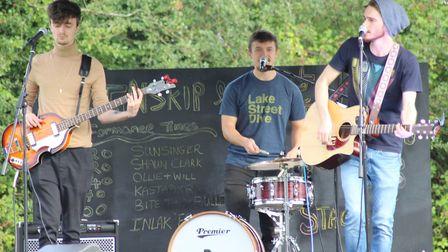 Ollie and Will perform at Busk Till Dusk during Sue Ryder St John's Hospice's Big Weekend in Moggerh