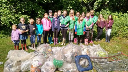 Brownies and Guides who cleaned at The Dell during the last Big Tidy Up. Picture: Ellie Clarke