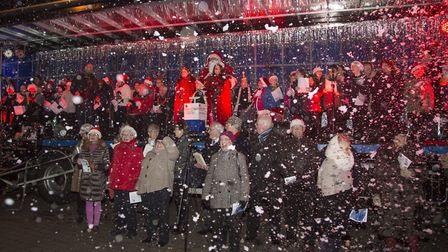 Biggleswade Christmas Fair lights switch-on 2017: The Choir in a blizzard of snow as the towns light
