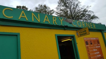 Canary Corner at Hitchin Town. Credit @laythy29