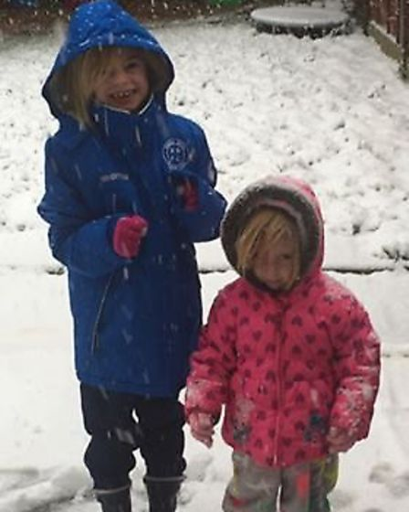 Snow pictures from Hitchin: Picture Sarah Kathleen White
