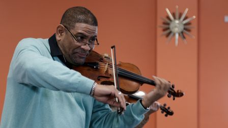 Cuban violinist Omar Puente delivers his masterclass to Hitchin Violin School at Westmill Community