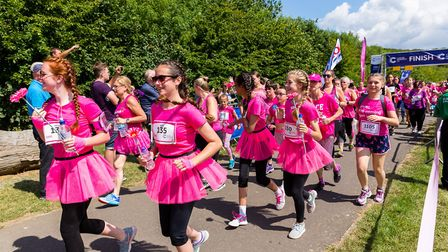 Stevenage Race for Life 2017: Runners making their way through the start line. Picture: Simon Jenkin