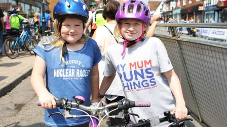 Stevenage Tour Series 2018: Lucy Smith, eight, and sister Holly, 11, enjoying the bike race day.