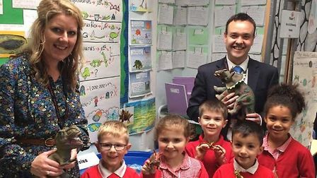 Stevenage MP Stephen McPartland visits Camps Hill Primary School headteacher Emma Flawn and some of
