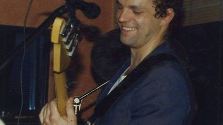 A memorial gig will take place in memory of Stevenage musician Gary Lewis, who sadly died two years