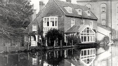 Holme Mills in 1947. Picture courtesy of Tony Darnell.