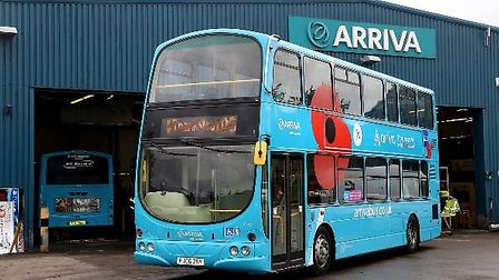 To commemorate the centenary of the end of World War I, Arriva added a poppy motif to a bus in Steve
