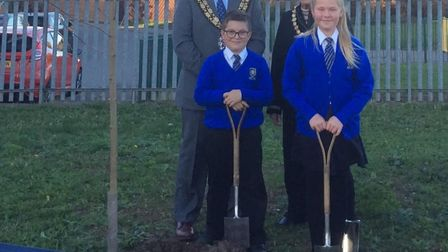 CBC Chairman Fiona Chapman and Sandy Mayor Michael Scott helped two year 5 pupils plant a Maple Tree