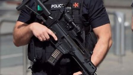 Armed police carried out an extensive search for a man said to be carrying a knife in Hitchin on Fri