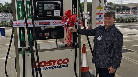 Leigh Ormsby, Costco Stevenage's general manager, cuts the ribbon earlier today. Picture: Chloe John