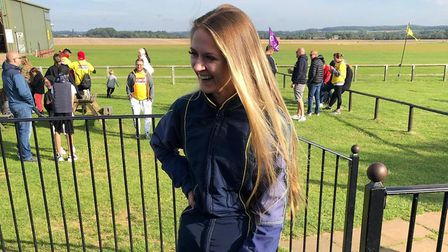 Alicia Maxwell completed a skydive in memory of her mum Emma, who would have been 40 on Saturday. Pi