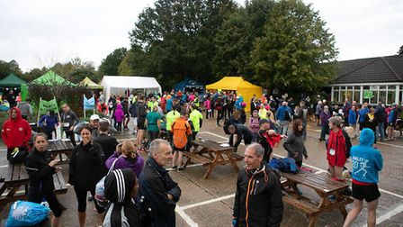 Standalone 10k: Getting warmed up. Picture: Ollie Saville