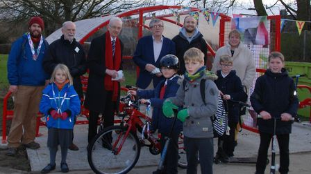 Wilbury staff and pupils were joined by NHDC leader Martin-Stears Handscomb and Glyn Holt and Peter