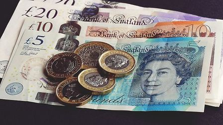 Herts County Councils employment committee has backed proposed salary increases for senior staff. Pi
