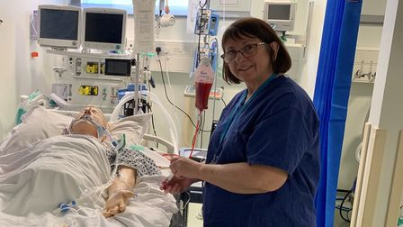 Senior sister and nurse trainer Amanda Radford has come out of retirement to work at Stevenage's Lis