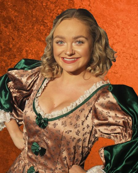 Jemma Carlisle as Nell Gwyn, which can be seen at The Market Theatre in Hitchin until Saturday, Octo