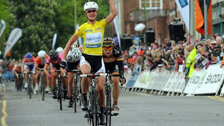 Marianne Vos crosses the line in first place at the finish in Welwyn GC