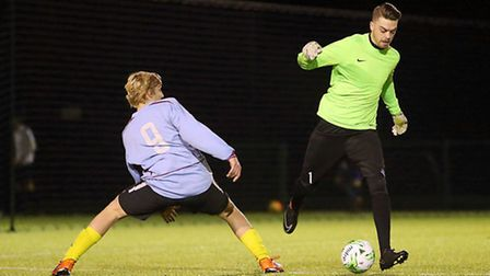 Free Agents (Dan Hornby) vs Hedgehog FC (Nick Sykes). Picture by Ben Sawyer