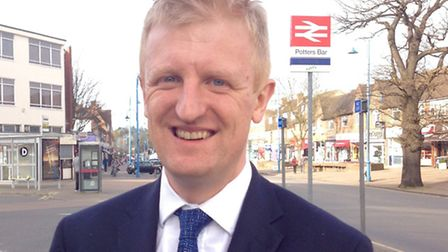 Oliver Dowden plans to extend Oyster card service