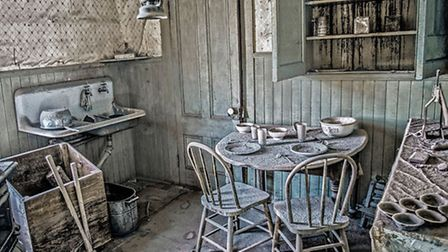 Abandoned Home by Judy Hodgson