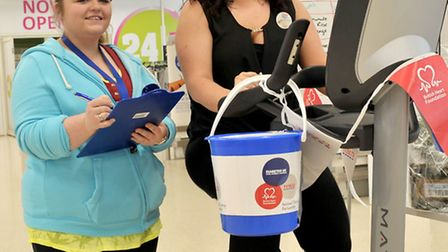 Community champion Mallissa Russell, left, and Tesco worker Fallon Fisher
