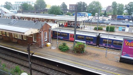 Trains delayed this morning for Welwyn Garden City, Hatfield and Potters Bar commuters.