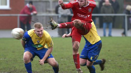 Alex Beck scored an 85th-minute equaliser in Wisbech's 2-2 draw at Deeping Rangers.