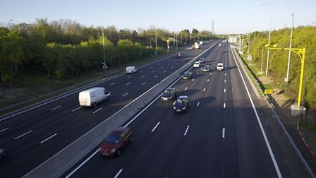 Delays on the M25 between Hatfield and Potters Bar.