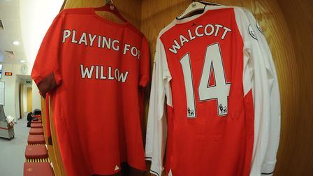 Shirt (left) to be donated to Willow. Picture: Arsenal Football Club / David Price.