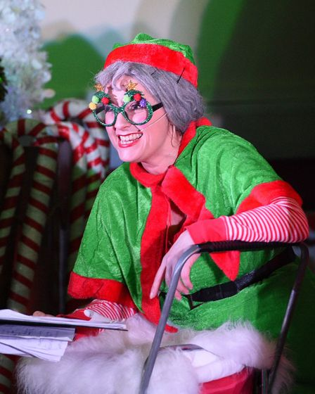 Nine lives theatre company A very merry Christmas Show. PHOTO: Ian Carter