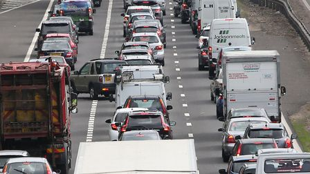 A1(M) delays are mounting between South Mimms and Hatfield